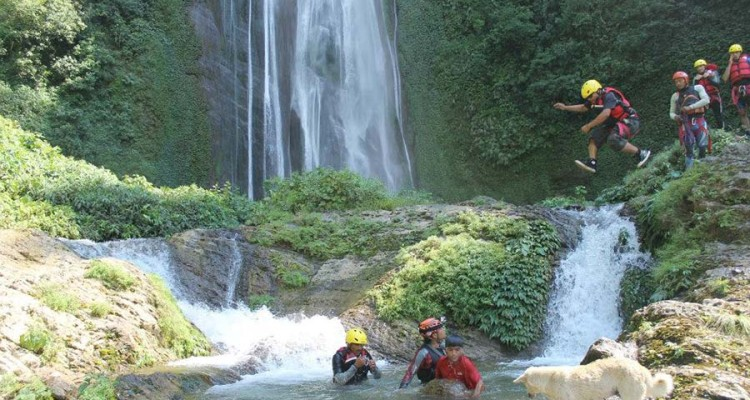 canyoning-advetnure-tour-in-nepal
