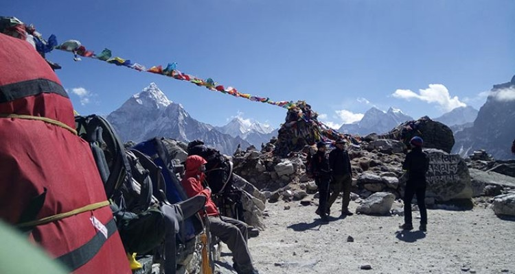 Hiring a Guide and Porters for Trekking in Nepal