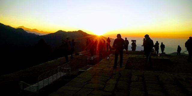 Ghorepani pun hill trek detailed itinerary